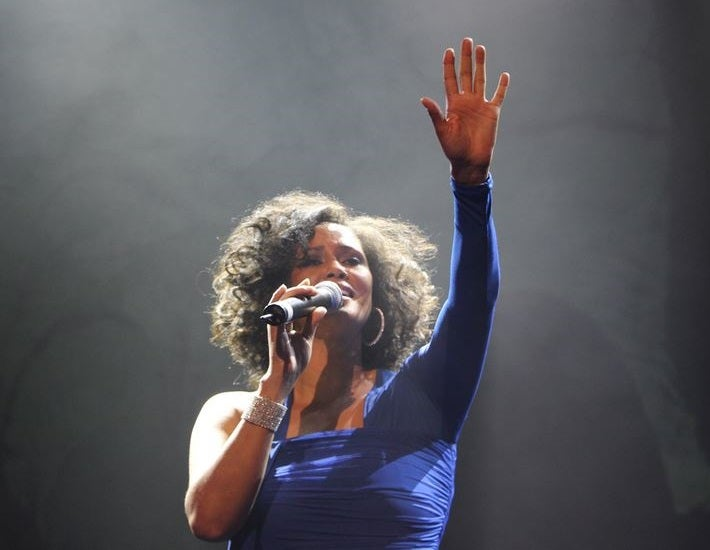 Whitney Houston-thumb2-2018.jpg